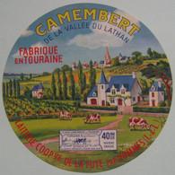 Etiquette Camembert - Vallée Du Lathan - Laiterie Coopérative De La Fuye 37 Touraine - Indre&Loire   A Voir ! - Quesos