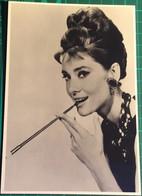 Audrey Hepburn ~ Film Actress ~ Mayfair Postcards Of London No. 255 - Acteurs