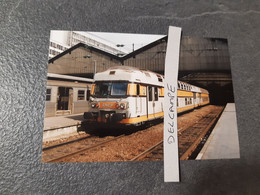 SNCF : Photo Originale L THOMAS : VB 2N En Gare De Paris St Lazare (75) En 1995 - Treinen