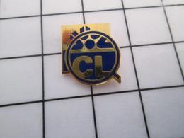 712e Pin's Pins / Beau Et Rare / THEME : BANQUES / Mini Pin's CL CREDIT LYONNAIS + LOUPE DE FLIC CHERCHANT LES MAGOUILLE - Banks