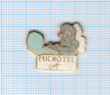 Pin's Microtel Torcy – 77 Seine Et Marne - France Telecom