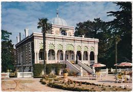 ARCACHON : Villa Algérienne  Avec Ses Massifs De Fleurs - Arcachon
