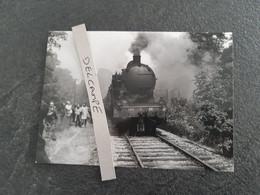 SNCF : Photo Originale J BAZIN : Locomotive à Vapeur 140 C 66 Entre St DIZIER Et ECLARON (52) En 1969 - Treinen
