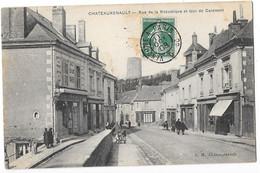 CHATEAURENAULT (37) Rue De La République Et Tour De Carament Animation - Andere Gemeenten