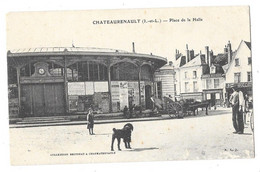 CHATEAURENAULT (37) Place De La Halle Animation - Andere Gemeenten