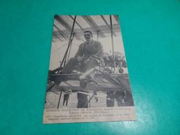 CPA   -    Capitaine DICKSON Sur Biblan II Farman 19m D'envergure, Moteur Gnome De 5o HP - Airmen, Fliers
