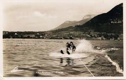 12236 - Hte Savoie - ANNECY :    SKI   NAUTIQUE   SUR  LE  LAC  Semi Moderne Années 50 - Annecy