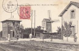 28 Voves : Barrière Du Chemin De Fer Et Le Moulin à Vent    ///  Ref. Nov. 20 /// N° 13.511 - Otros Municipios