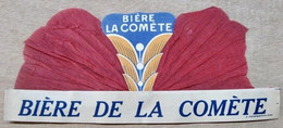 CHAPEAU EN PAPIER BIERE LA COMETE ( ROUGE ) IMP CHAMBRELENT PARIS - Pubblicitari