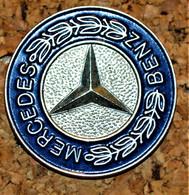 Rare Pin's Grand Format Mercedes - Mercedes