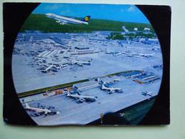 AEROPORT / AIRPORT / FLUGHAFEN    FRANKFURT-MAIN   B 747 LUFTHANSA - Aerodromes