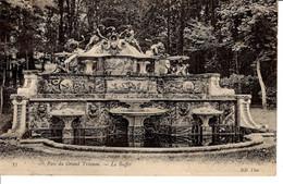 78 Yvelines Versaille Trianon Petit Chateau CPA Fontaine Le Buffet Edifice Patrimoine Histoire 1906 GAUDEAU Vienne - Versailles (Château)