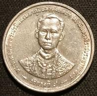 THAILANDE - THAILAND - 1 BAHT 1996 ( 2539 ) - Rama IX - Anniversaire Du Règne - KM 330 - Thailand