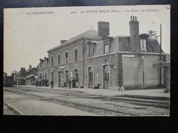 424. LA FERTE MACE -la Gare, Vue Intérieure - La Ferte Mace