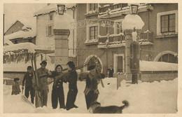 66)    LA TOUR DE CAROL - Auberge Catalane - Départ De Skieurs - Otros Municipios