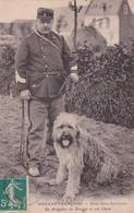 - DOUANE - Deux Bons Serviteurs , Un Brigadier De Douane Et Son Chien - Zoll