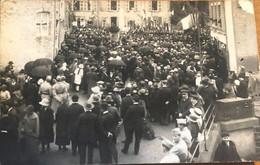 CARTE POSTALE Floing Inauguration Du Monument 1914 1918 - Otros Municipios