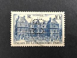FRANCE C N° 760 1946 C.B. 33 Indice 2 Perforé Perforés Perfins Perfin Superbe - Gezähnt (Perforiert/Gezähnt)