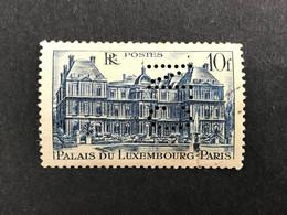 FRANCE C N° 760 1946 C.N. 304 Perforé Perforés Perfins Perfin Superbe ! - Gezähnt (Perforiert/Gezähnt)