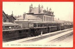 82. BERCK-PLAGE . Intérieur De La  Gare ( Côté Ouest ) - Départ Du Tortillard. - Berck