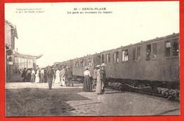 25. BERCK-PLAGE . La  Gare Au Moment Du Départ - Berck