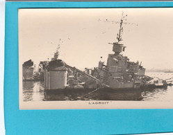 BATEAU GUERRE L'ADROIT - Warships