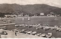 83 - CAVALAIRE SUR MER - Le Port Et La Plage - Cavalaire-sur-Mer