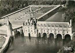 37 - Chenonceau - Le Château Sur Le Cher, La Tour Des Marques Et Les Jardins - Vue Aérienne - CPSM Grand Format - Carte - Chenonceaux