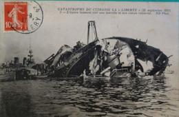 Catastrophe Du  Cuirassé Liberté - Toulon - Schiffe