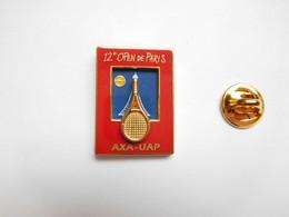 Superbe Pin's , Tennis , 12e Open De Paris , Tour Eiffel  , Assurances AXA - UAP , Arthus Bertrand , Triples Moules - Tennis