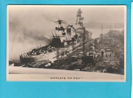 BATEAU GUERRE DUPLEIX EN FEU - Warships