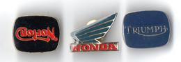 "3 PIN'S . MOTO . "" NORTON . TRIUMPH . HONDA "" - Réf. N°51PNS - - Motorfietsen"