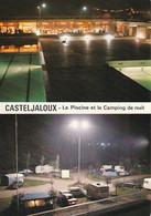 CASTELJALOUX  - La Piscine Et Le Camping De Nuit   -      CPM - Casteljaloux