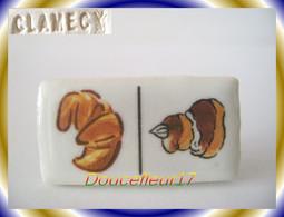 Clamecy .. Dominos Du Boulanger ... 10 Fèves Voir Photos ... Ref AFF : 52-2009 - Olds