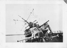 RUFISQUE PASSERELLE DU CONTRE TORPILLEUR AUDACIEUX PHOTO ORIGINALE 9 X 6.50 CM - Krieg, Militär