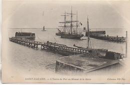 44 SAINT-NAZAIRE  L'Entrée Du Port Au Moment De La Marée - Saint Nazaire