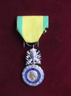 Médaille Valeur Et Discipline 1870 - Voor 1871