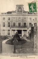 LE NEUBOURG - L'Hôtel De Ville - Le Neubourg