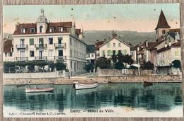 VAUD: LUTRY - L'HÔTEL DE VILLE ET BARQUES DANS LE PORT - VD Vaud