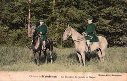28 / CHATEAU DE MAINTENON / CHASSE A COURRE / LES PIQUEURS JANVIER ET DAGUET - Maintenon