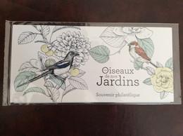 BS 143 Les Oiseaux De Nos Jardins - Foglietti Commemorativi