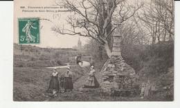 Finistère > Guimiliau: Fontaine à Pélerinages De Miliau, Animée - Guimiliau