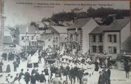 CARTE POSTALE Floing Inauguration Du Monument Des Braves Gens Le Départ Pour Le Plateau De Floing - Otros Municipios