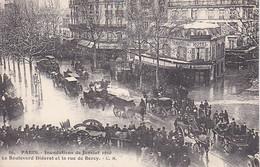 PARIS INONDATIONS JANVIER 1910 BOULEVARD DIDEROT ET RUE DE BERCY ,BELLE ANIMATION A VOIR !!! REF 68605 - Arrondissement: 12