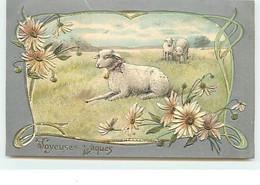 Carte Gaufrée - Joyeuses Pâques - Moutons Dans Un Pré - Pasqua
