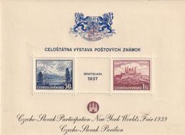 Tchécoslovaquie Bloc 1937 Surchargé Nevv York Worlds Faix 1939, Blason Bleu , Avec Trace De Charniére * - Blokken & Velletjes