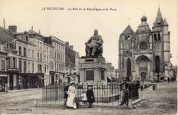 LE NEUBOURG - La Rue De La République Et La Place - Le Neubourg