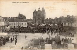 LE NEUBOURG - Le Marché - Le Neubourg