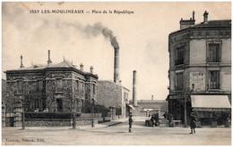 92 ISSY-les-MOULINEAUX - Place De La République - Issy Les Moulineaux