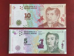 Lot De 2 Billets Neufs UNC D'Argentine, 5 Pesos 2015 Et 10 Pesos 2016 - Argentinien